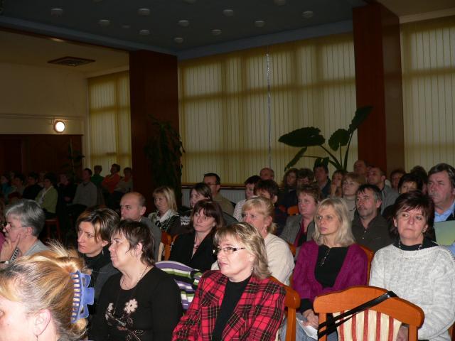 A hallgatóság: pedagógusok a Projektindító rendezvényen