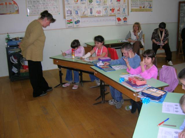 Mozsgó - Matematika óra az első osztályban, 2011 tavaszán