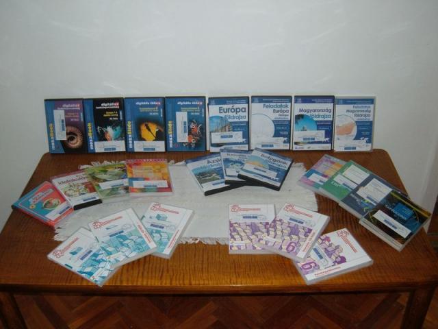 Nagypeterd iskola - CD romok a digitális tanórákhoz Nagypeterd iskola